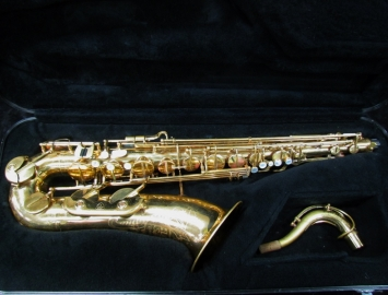 Vintage Couf Superba II Tenor Sax  in Original Gold Lacquer, Serial #83272