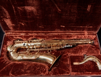 Players Special! Vintage Couf Superba I Tenor Sax Original Lacquer, Serial #80745
