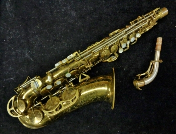 First Series King Super 20 Alto Sax w/ Pearl Side Keys - Serial # 283014
