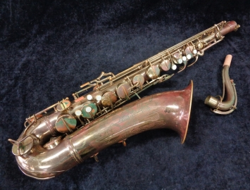 Vintage C.G. Conn 10M Naked Lady Tenor Sax Bargain Priced Players Horn! Serial #350773