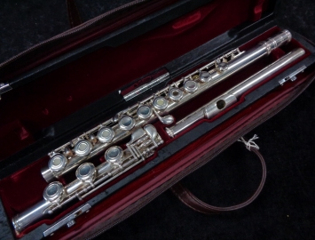 Nice Jupiter SFL 711 RB Step Up Flute – Open Hole B Foot, Serial # 77951