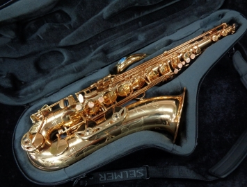 Beautiful Selmer Paris Reference 54 Tenor Saxophone in Honey Gold Lacquer, Serial #713778