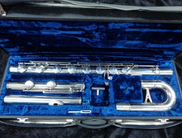 Outstanding Armstrong Bass Flute #32-59706 – 1980's Comes Fully Serviced