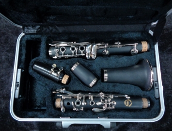 New Chateau CCL-36A Student Clarinet