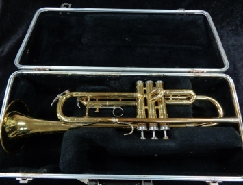 King 600 USA Lacquer Bb Trumpet – Fully Serviced Ready to Play