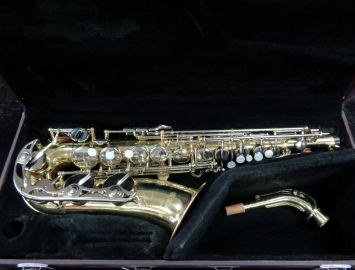 Excellent Condition Yamaha YAS-23 Alto Sax w/ All New Pads - Serial # 141509A