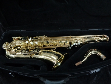 Outstanding! Selmer Paris Series III Tenor Sax in Gold Lacquer, Serial #720469
