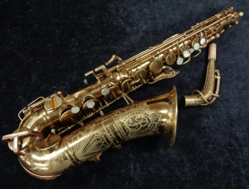 Awesome! Vintage Original Lacquer Buescher Big B Aristocrat Alto, Serial #324213 – Fresh Saxquest Overhaul Ready to Play!