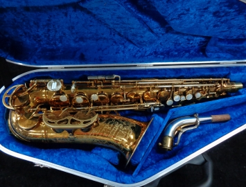 Sweet! Vintage Original Lacquer King Super 20 Alto Sax, Serial Number 354537