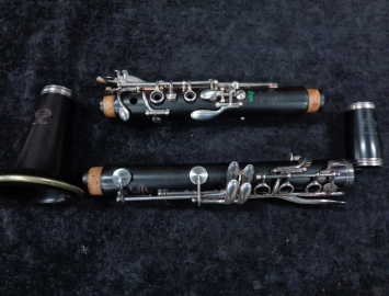 Pristine Condition Buffet R13 Greenline Bb Clarinet - Serial # 450798