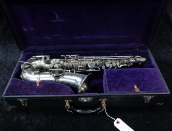 LATE Vintage Buescher True Tone in Mint Original Silver Plate - Serial # 241924