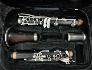 Great Step Up! Yamaha YCL-52 All Wood Internment Clarinet, #052286
