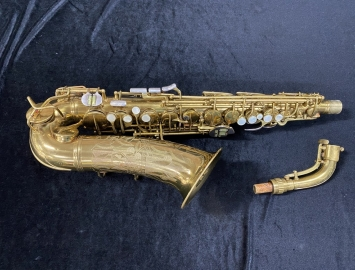 Spectacular CG Conn 26M CONNQUEROR Alto Sax in Original Lacquer - Serial # 282677