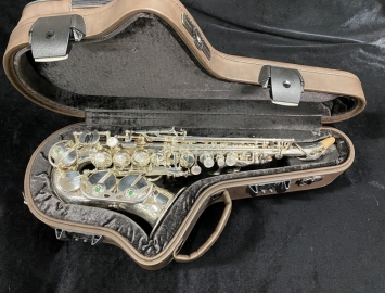 Gorgeous Silver Rampone & Cazzani R1 Series One Piece Curved Soprano Sax # 24015