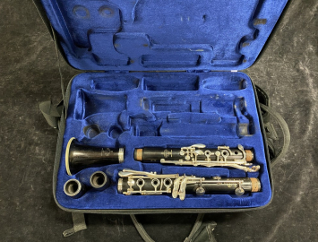 Lightly Used Buffet Paris R13 Clarinet in A with Silver Keys - Serial # 655678
