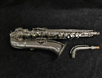 Vintage C.G. Conn New Wonder II Chu Berry C-Melody in Nickel Plate, Serial #M170679