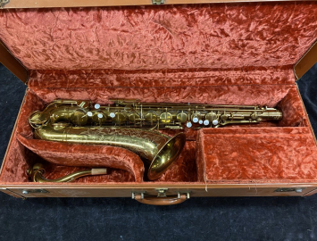 Beautiful Original Lacquer THE MARTIN TENOR Sax - Serial # 195363