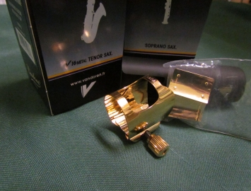 Vandoren Optimum Ligature for Bb Tenor Sax in Gold Plate