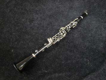 Selmer Bundy 577 Student Bb Clarinet Ready to Play
