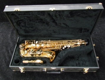 Mint Condition Buffet-Crampon Paris 100 Series Alto Sax in Gold Lacquer - Serial # BCA90783