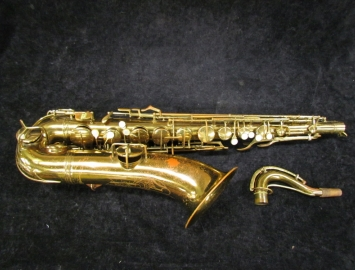 Original C.G. Conn 'Transitional' Chu/10M Tenor Sax w/ Lady Engraving # 259408