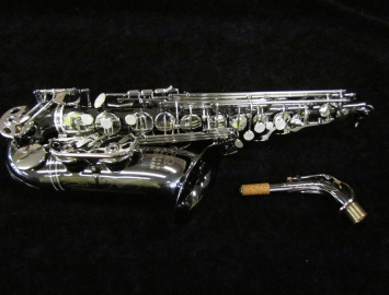Eastman 600 Series Alto Saxophone Black Nickel Body With Silver Keys