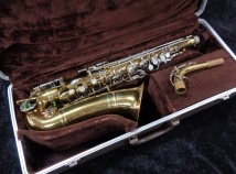 Very Nice Buescher Aristocrat Series Alto Sax in Original Finish - Serial # 452760