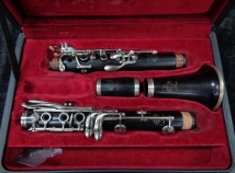 Lightly Used Buffet Paris R13 Series Bb Clarinet - Serial # 513927