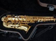 Very Pretty! Mint Rampone & Cazzani R1 Jazz in Gold Plate, Serial # 11802