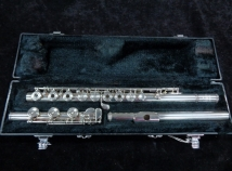 Very Nice! Yamaha 681 Flute with Sterling Body and Headjoint - Professional Straubinger Pad Job