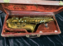 Original Lacquer King Super 20 Alto Sax w/ Pearl Side Keys - Serial # 303367