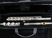 NICE Silver Artley 5-0-B Open Hole, Low B Flute - Serial # 697944